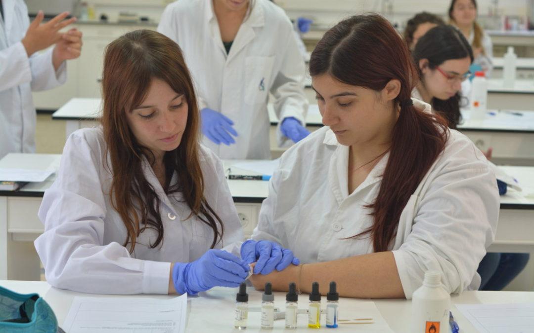 OFERTES DE FEINA: tècnics/ques en farmàcia