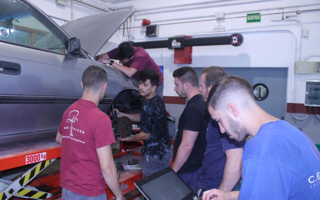 OFERTA DE FEINA: tècnic/a en electromecànica de vehicles.