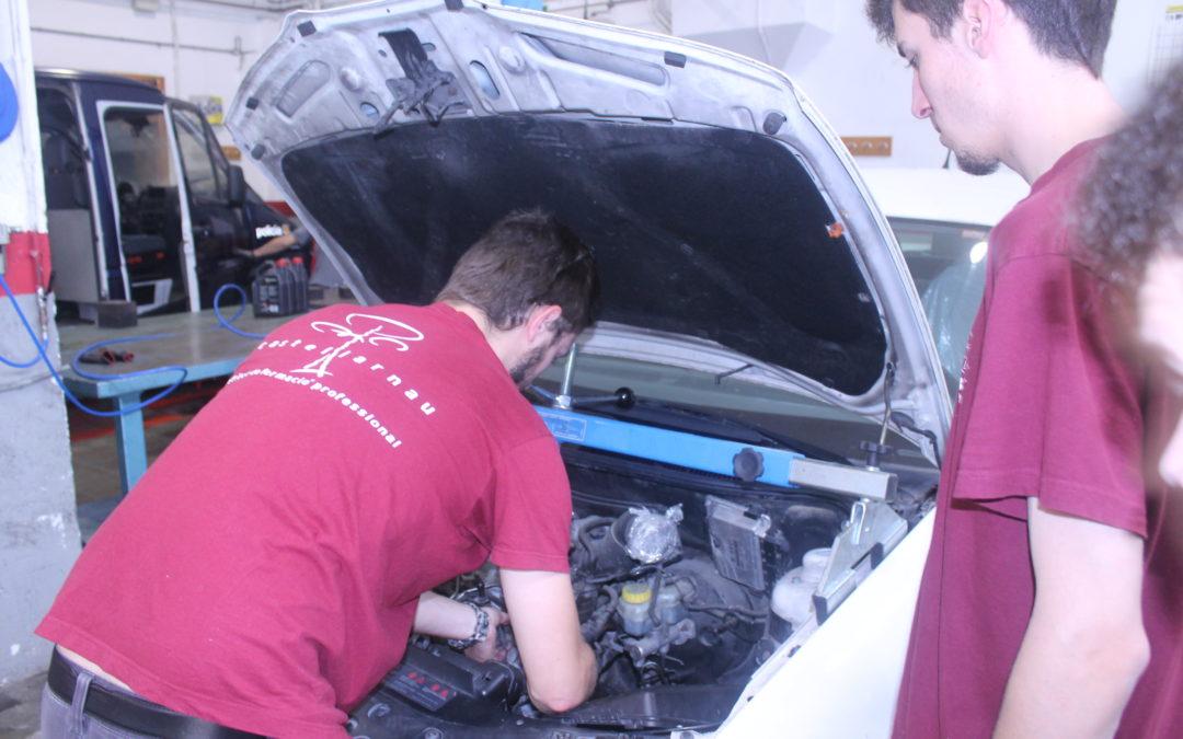 OFERTA DE FEINA: tècnic/a de la branca d'automoció
