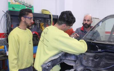 Novetat proper curs: PFI d'Auxiliar de reparació i manteniment de vehicles lleugers