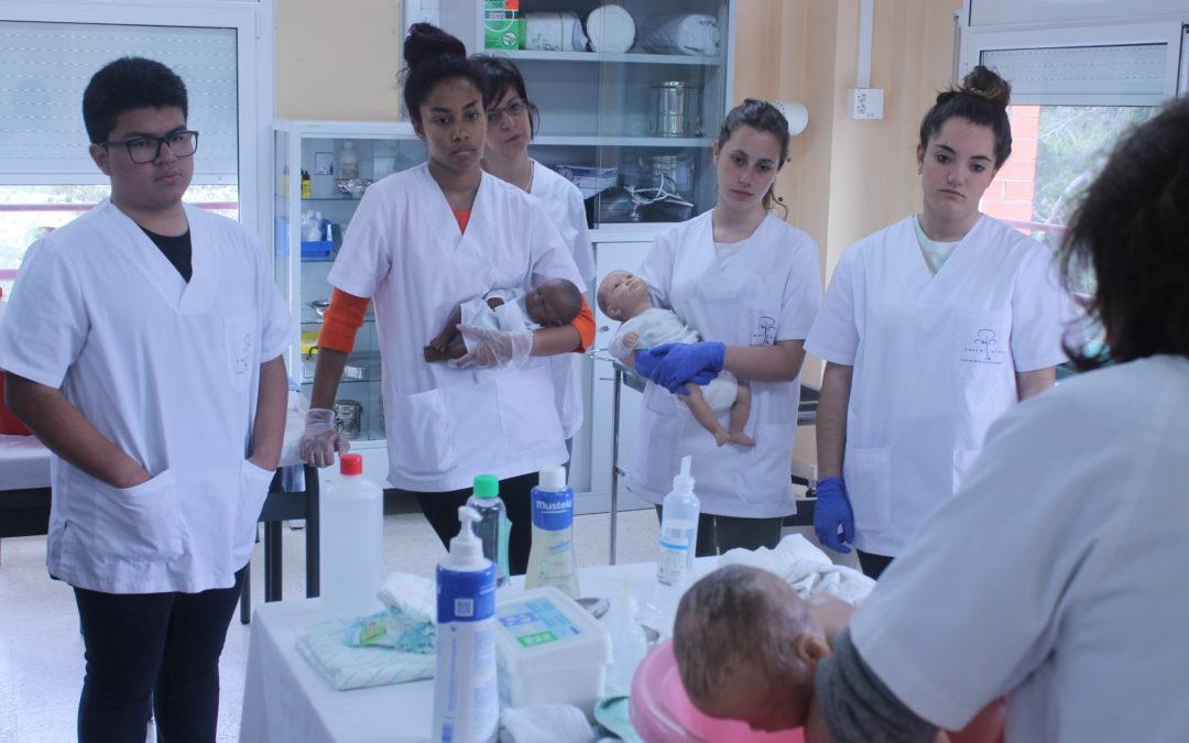 ATENCIÓ: Primer curs de cures d'infermeria tarda