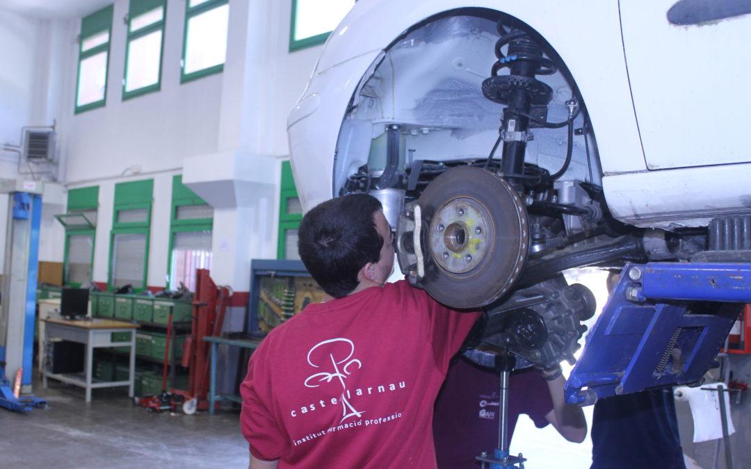 OFERTA DE FEINA: tècnic/a en electromecànica de vehicles o automoció a Barberà