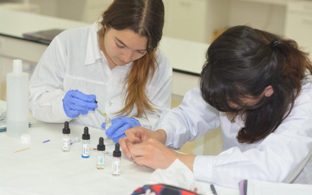 OFERTA DE FEINA: tècnic/ca en farmàcia a Sant Cugat del Vallès